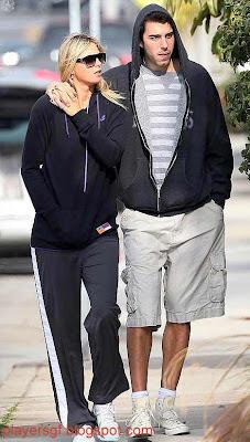 Maria Sharapova with her boyfriend Shasha Vujacic