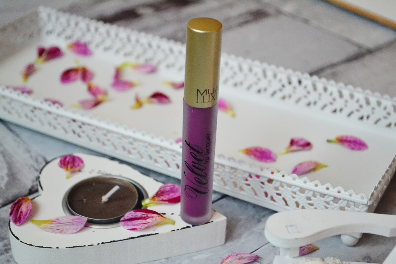 mua luxury lip matowa pomadka kooky