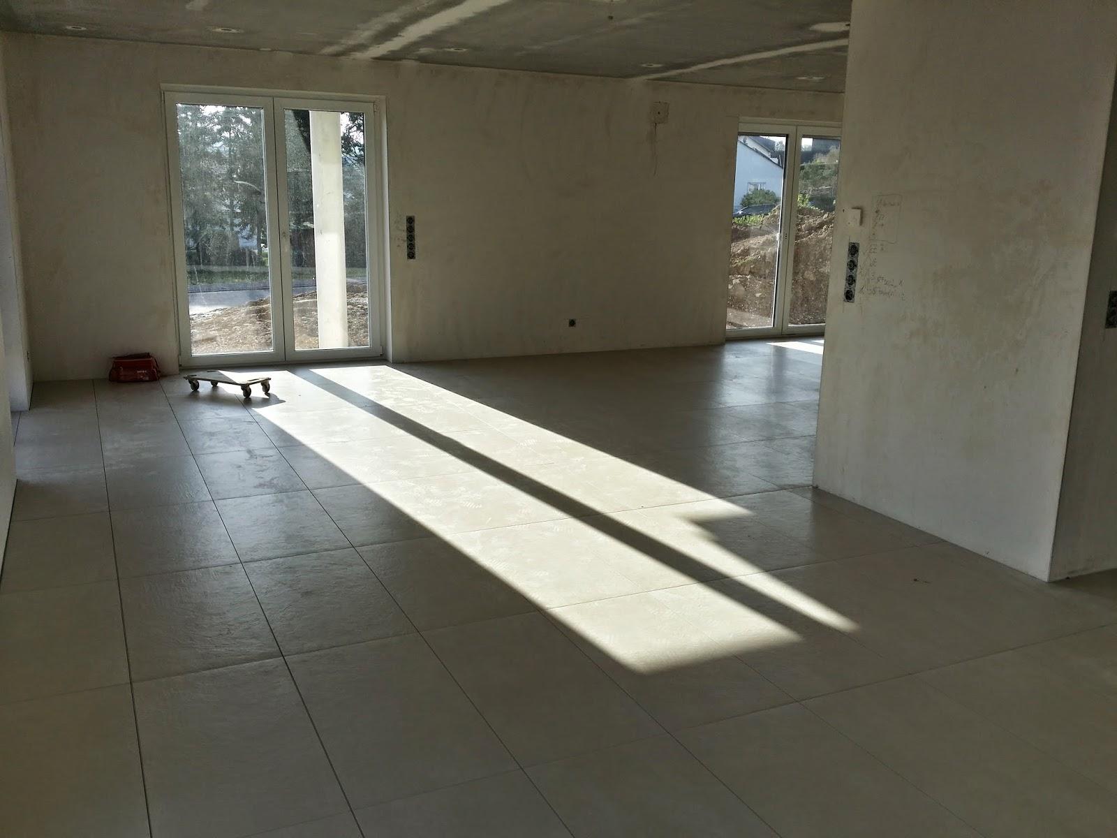 Baublog - Wir bauen in Neesbach: Fliesen Küche, Wohn- und Essbereich