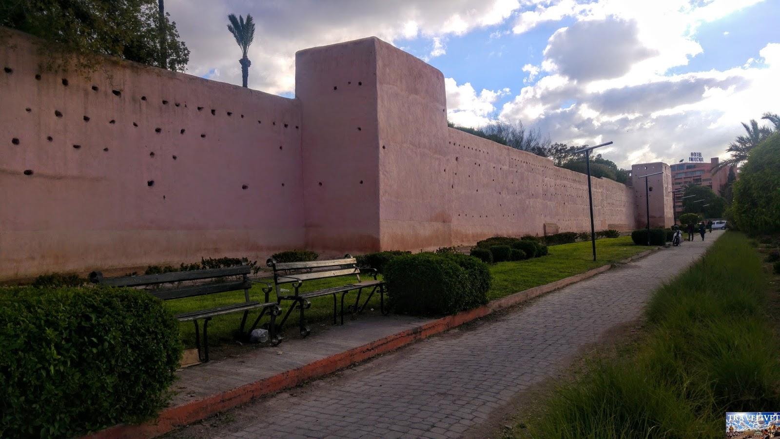 Maroc Marrakech les remparts de la Medina