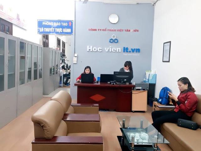 Văn phòng tiếp nhận hồ sơ học viên đăng ký học đồ họa photoshop tại Thái Hà - Thái Thịnh - Đống Đa - Hà Nội