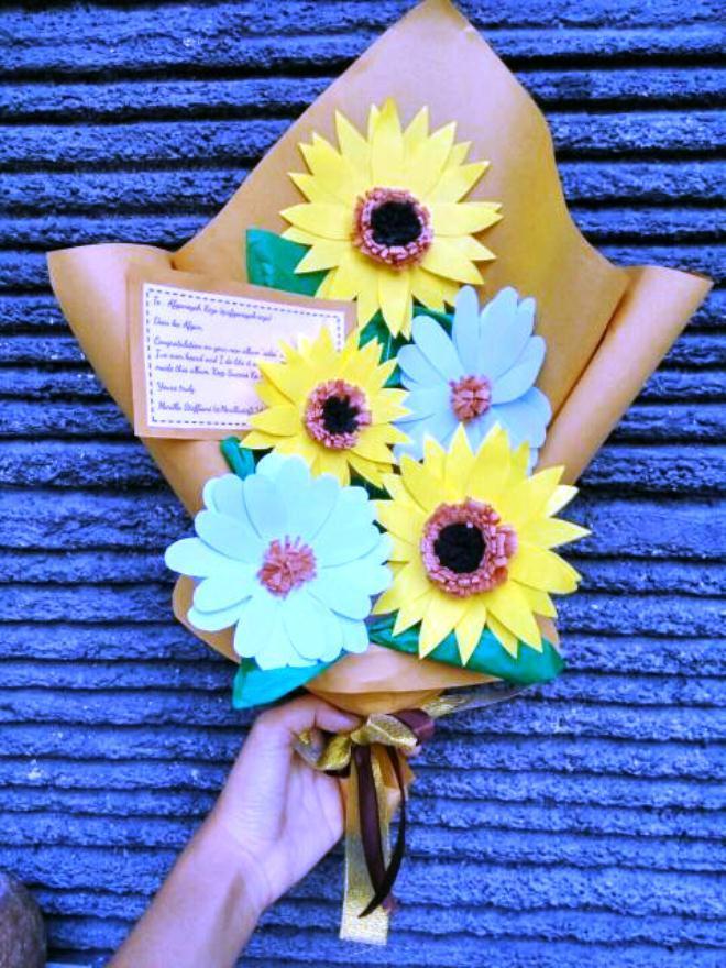 Gambar Buket Bunga Wisuda _Kado Untuk Wisuda