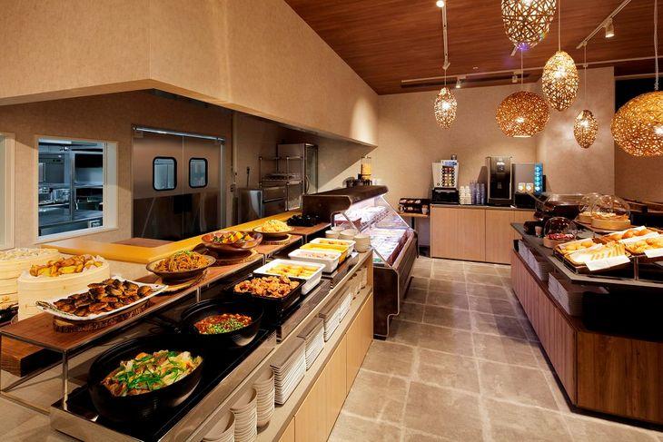 Dining at Karaksa Hotel
