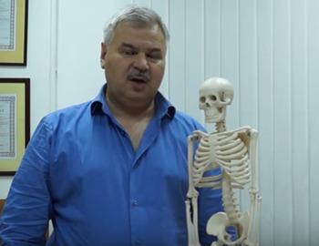 К какому врачу обращаться при артрозе суставов
