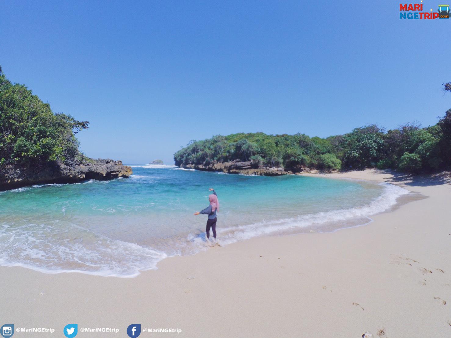 Pesona Pantai Kedung Celeng Yang Eksotis Wisata Indonesia