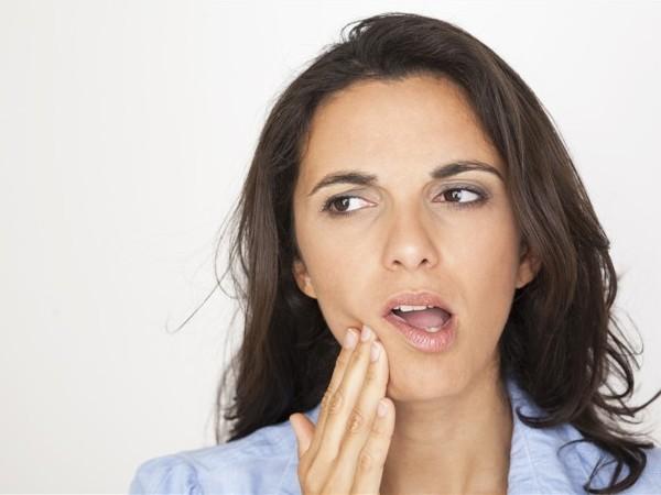 11 Cara Mengobati Sakit Gigi Menggunakan Bahan Alami