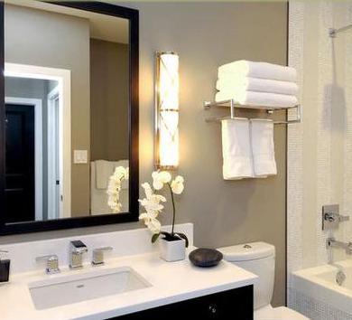 Ba os modernos decoraciones interiores casas - Decoracion iluminacion de interiores ...