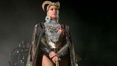 Beyoncé Didn't Let Near-Wardrobe Malfunctions Stop Her Coachella Momentum