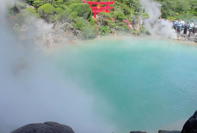 自然の不思議さを感じられる、別府温泉の定番、地獄めぐり【t】 海地獄