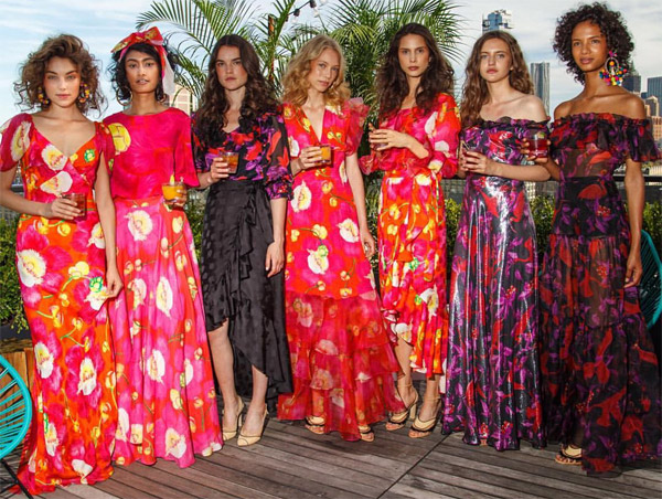 Isolda verão 2017 coleção Tupi-Guaraná vestidos, blusa e saia