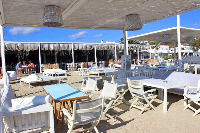 Kuzina beach bar Mikonos