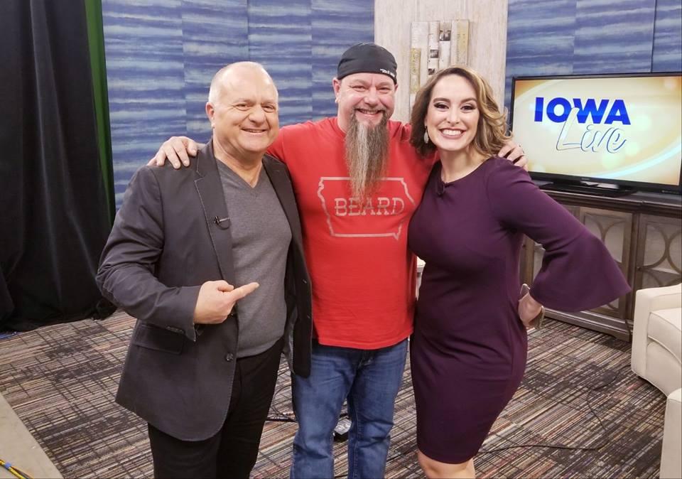 Iowa Music Showcase Songs: IOWA LIVE - Richard Arndt