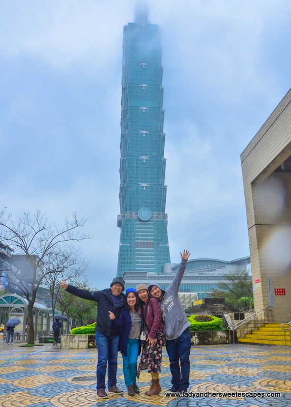 family in Taipei 101