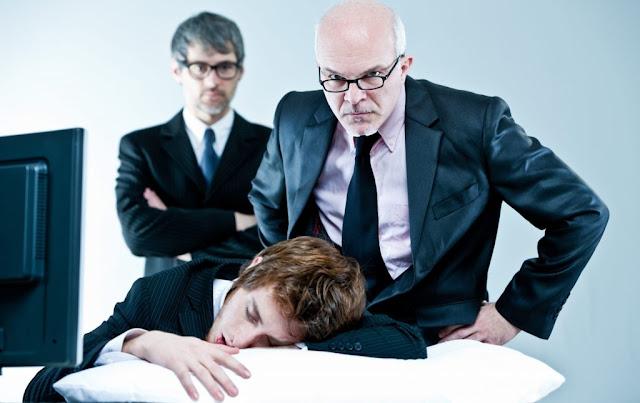Trik Mengatasi dan Memotivasi Karyawan yang Kurang Disiplin