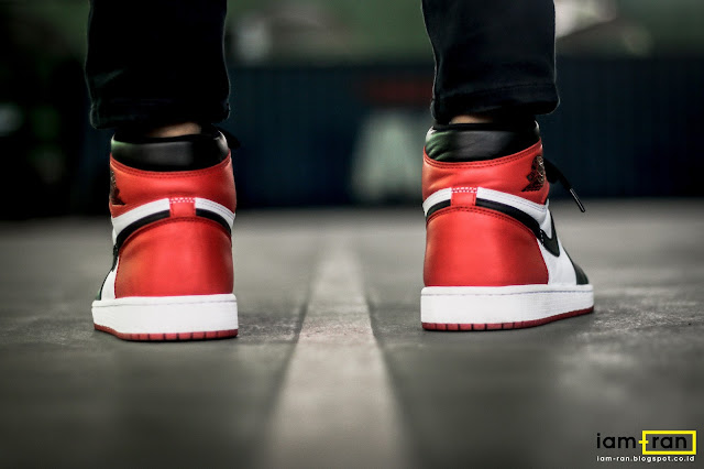 Derry on feet. Sneakers   Nike Air Jordan 1