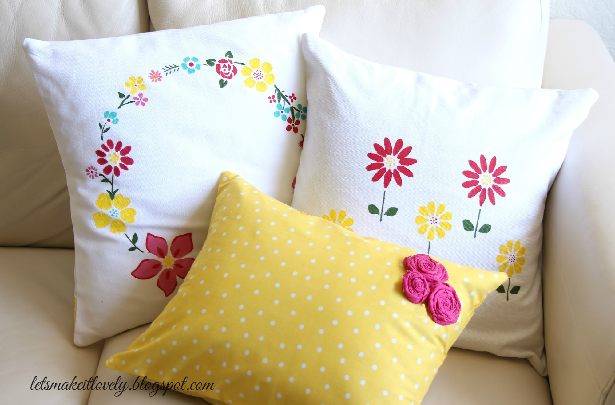 Stenciling and Sewing pillow cover tutorial. Beginner sewing project.