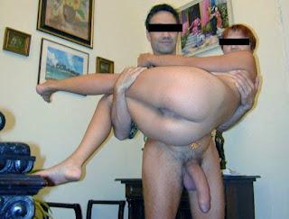 Marido cuckold e sua esposa com machos 1