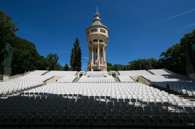 Teatro all'aperto e torre idrica-Isola Margherita-Budapest