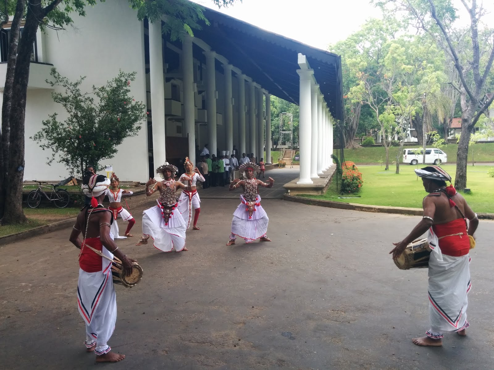Traditional Music Welcome at Cinnamon Lodge Habarana