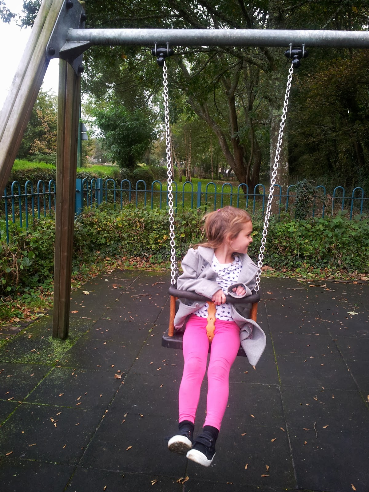 , Monkeying About in the Park #CountryKids