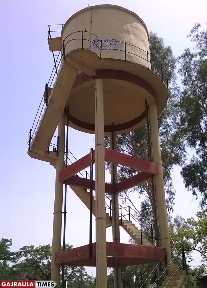 पेयजल व्यवस्था को ओवर हैड टैंक
