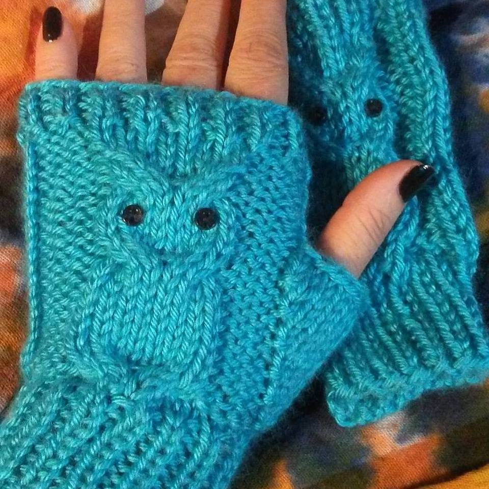 Life Is Good : Owl Fingerless Mitts knit pattern