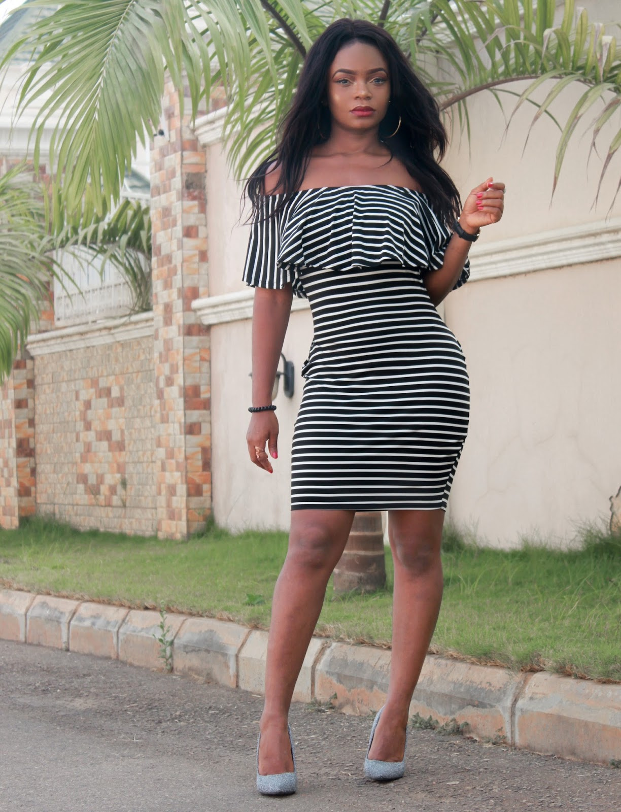 OFF SHOULDER + STRIPES - Rosegal Off The Shoulder Striped Bodycon Dress