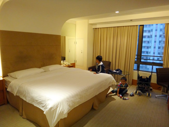 Liburan Keluarga Ke Hong Kong: Why Hong Kong, Persiapan