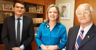 Em Brasília prefeito de Picuí tem encontro com presidente nacional do PT, Gleisi Hoffmann