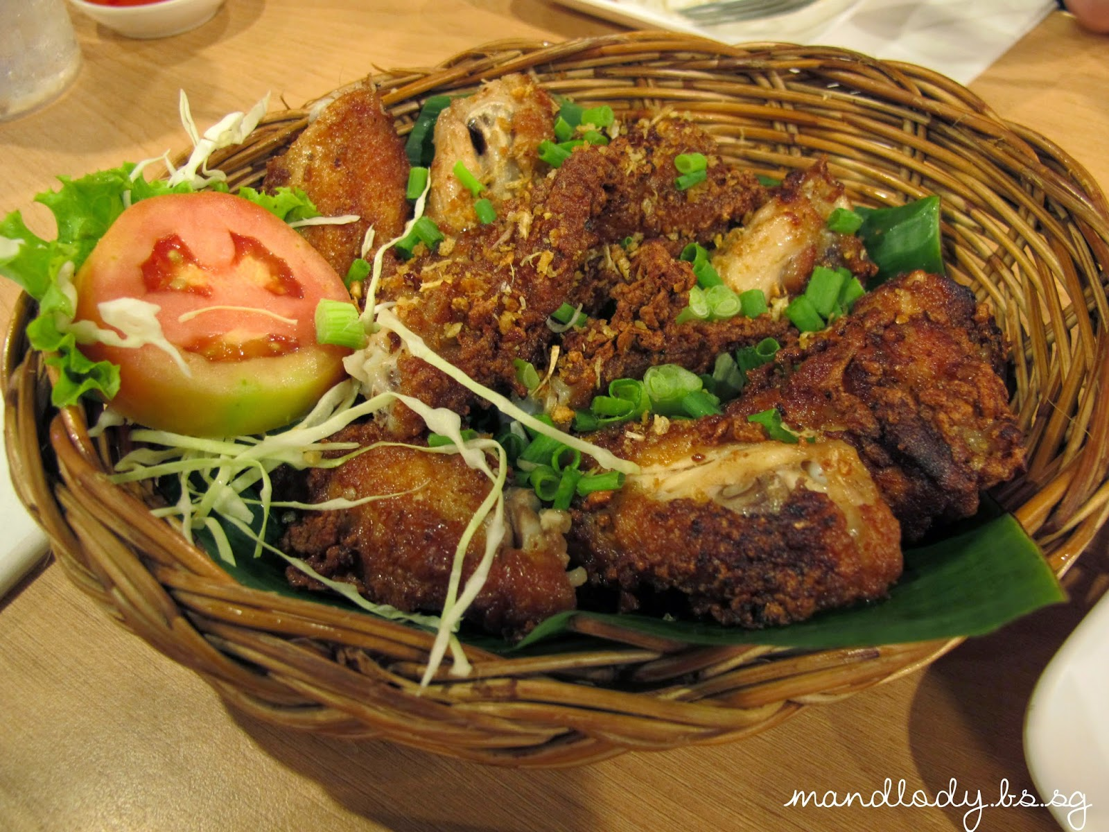 Somtam Nua Bangkok Fried Chicken Wings