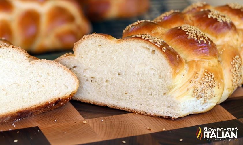 http://theslowroasteditalian-printablerecipe.blogspot.com/2014/05/best-ever-challah-bread.html