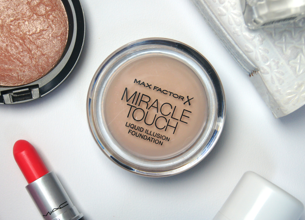 max factor miracle touch liquid illusion foundation review monthly favourites