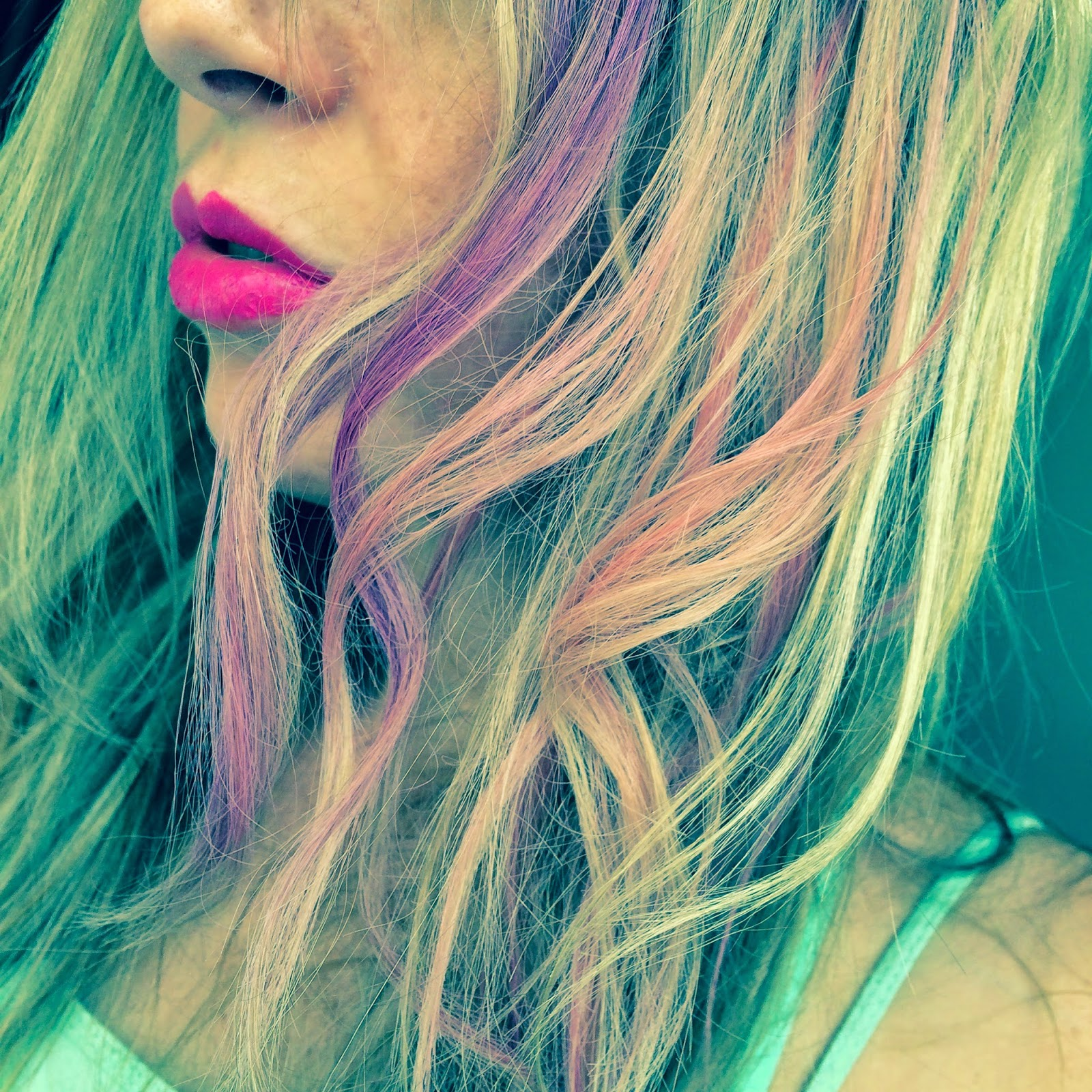 fudge-urban-colour-hair-chalks-pink-and-purple