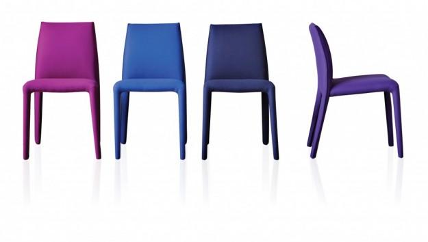 Ars city salone del mobile 2012 le sedute colorate for Sedie blu cucina