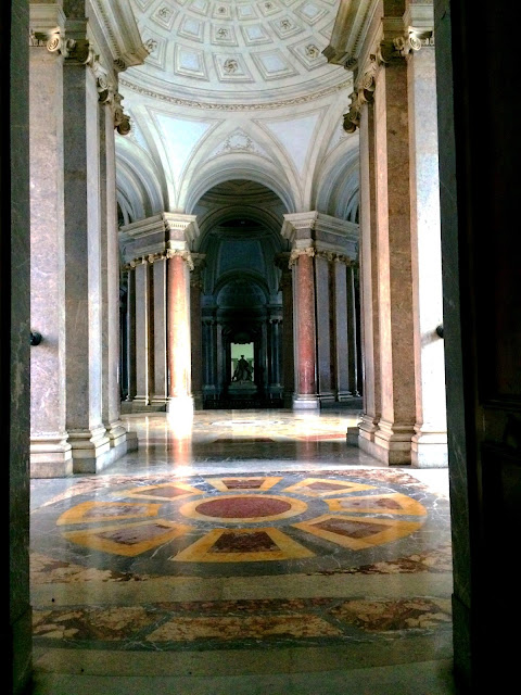 Caserta-Palace-Top-Of-Staircase
