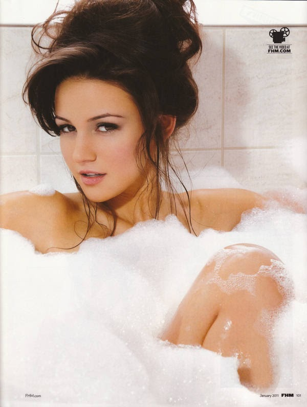 10 Stunningly Simple Tutorials For The Best Eye Makeup: A Look At Stunningly Gorgeous Actress Michelle Keegan Part 3