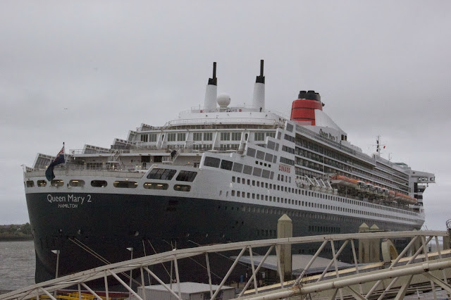 queen-mary-2-liverpool