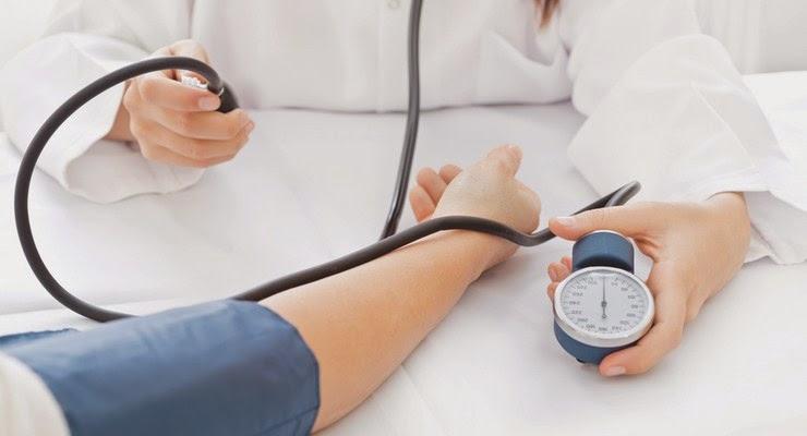 http://rajaramuan.blogspot.com/2014/09/gejala-hipertensi-dan-faktor-penyebabnya.html
