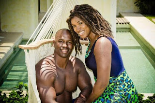 Former NFL player Antonio Armstrong and wife shot dead by 16 year old son