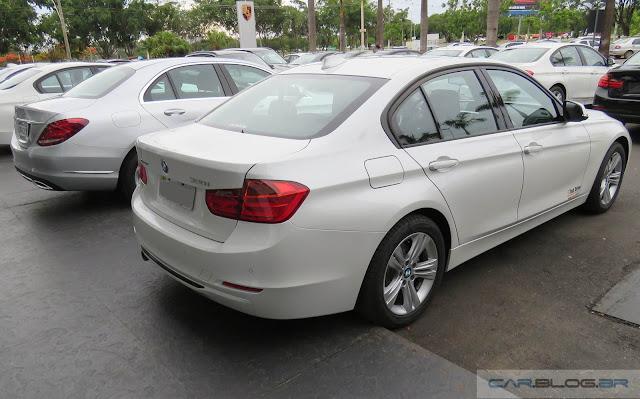 BMW 320i 2016 - branca
