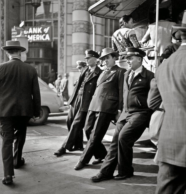 Heres collection of wonderful black and white photographs from the 40s and 50s of san francisco were taken by fred lyon