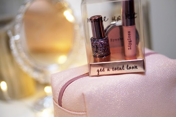 Pink glitter budget musthaves | H&M & Primark