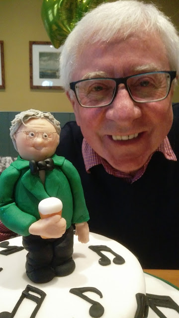 Baritone Doug Shuttleworth celebrates an unknown birthday with a superb new Mill MVC cake