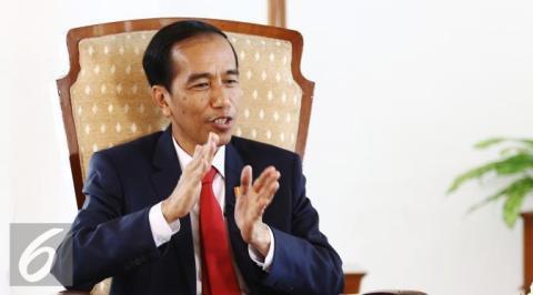 Bacaan politik Amien Rais dan 'something wrong' Jokowi