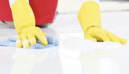Cemento e pittura sul pavimento?Ecco come eliminarle