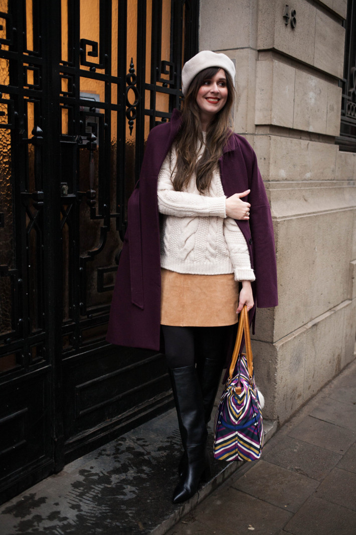 Outfit: Sixties inspired in suede mini, knee boots and beret