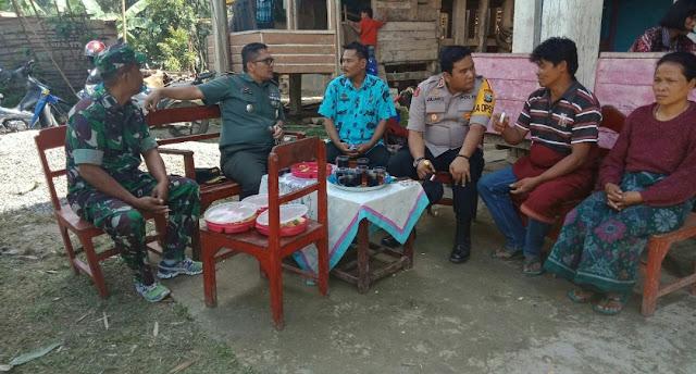 6 Warga Toraja Meninggal Akibat KKB, Kapolres dan Dandim 1414 Tana Toraja Datangi Rumah Duka