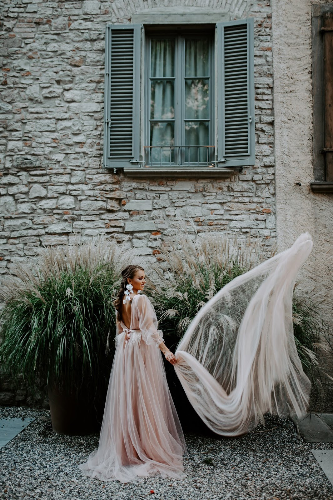 Win a wedding dress by She Wore Flowers designer Amelia! Enter our giveaway contest to choose from our wedding dresses by Amelia as the prize!