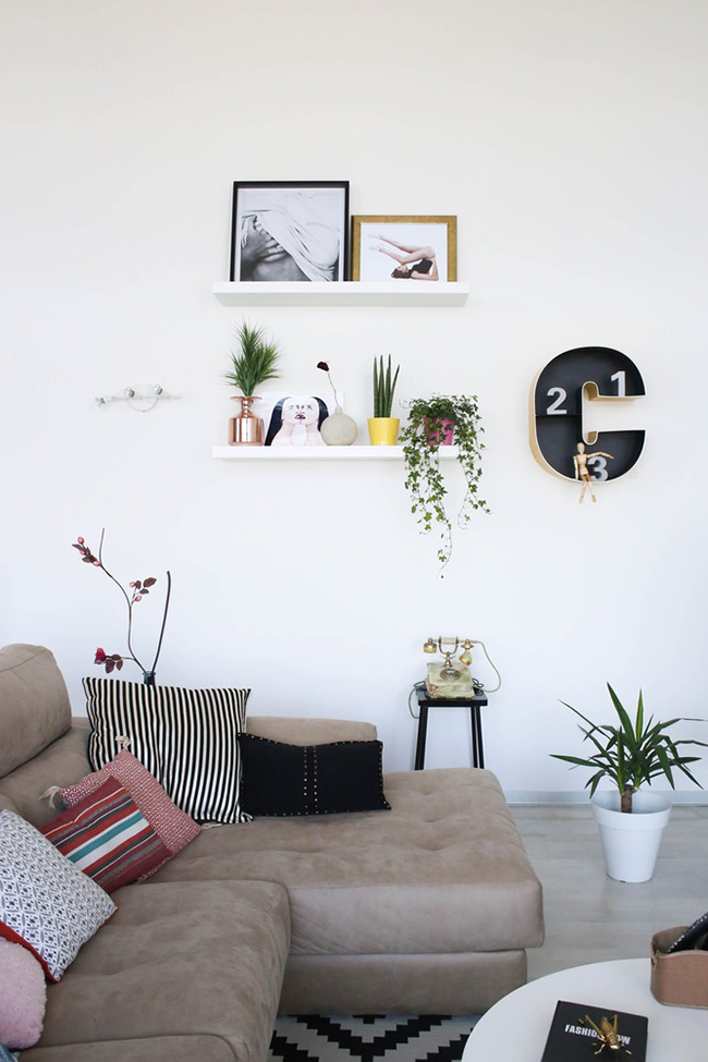 Un loft en valencia de estilo n rdico y colores vibrantes for Letras decoracion ikea