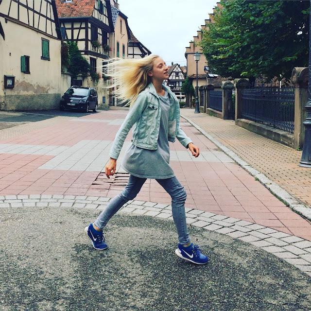 successful mantra girls boss Instagram blogger
